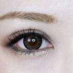 眉毛の脱色ってどうやるの?簡単なやり方と注意