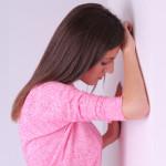 頭がふわふわする時に考えられる原因や病気と対処法について