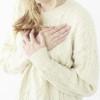 朝起きると胸の真ん中や左右が痛いのは病気?原因と対処法